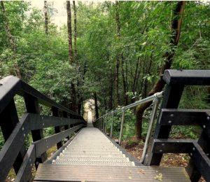 welke afstand meet je gps bij het lopen van een trap of heuvel?